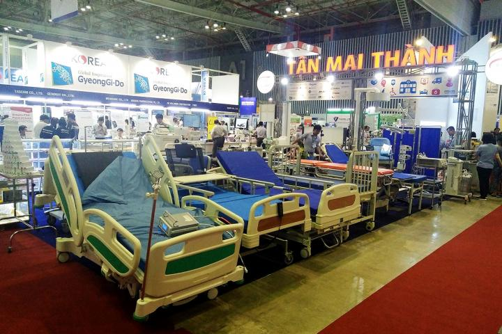 tan mai thanh medical tham gia hoi cho trien lam y te quoc te viet nam lan thu 13 3 720x480 - Tân Mai Thành Medical tham gia tại hội chợ triển lãm y tế Quốc tế Việt Nam lần thứ 13