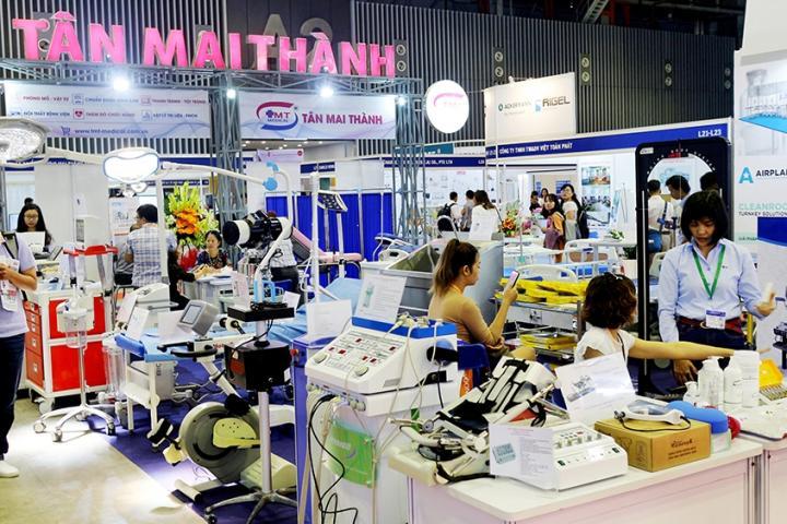 tan mai thanh medical trien lam hoi cho y te quoc te vn 2018 1 720x480 - Tân Mai Thành triển lãm đa dạng sản phẩm tại Hội chợ triển lãm y tế quốc tế Việt Nam 2018