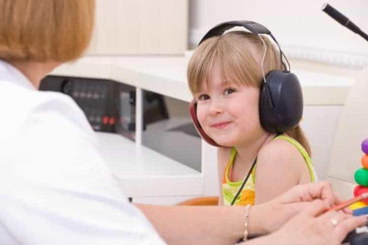 6 dieu phai can nhac khi mua may do thinh luc 720x480 - 6 điều phải cân nhắc khi mua máy đo thính lực