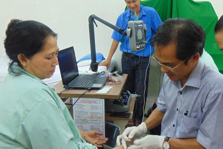 tai sao benh nhan phai do dien co 720x480 - Tại sao bệnh nhân phải đo điện cơ?
