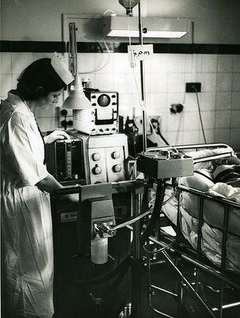 Lịch sử của máy thở và đơn vị chăm sóc tích cực ICU: Những 'hòn đảo sống' trong đại dịch COVID-19 6