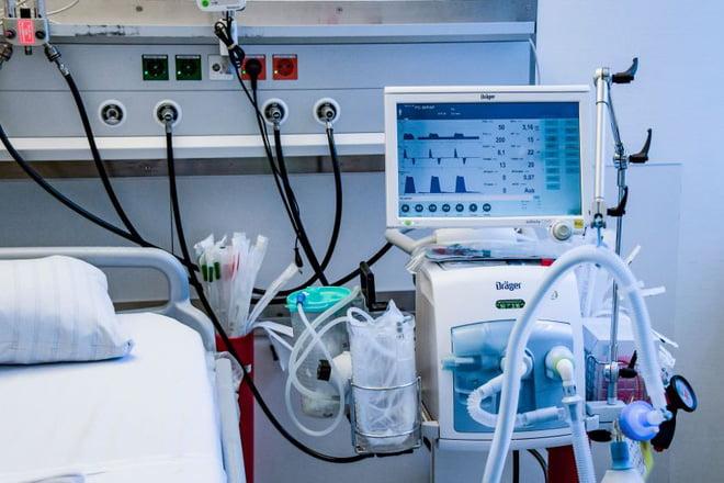 Lịch sử của máy thở và đơn vị chăm sóc tích cực ICU: Những 'hòn đảo sống' trong đại dịch COVID-19 10